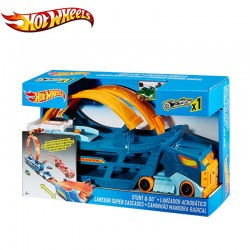 Hot Wheels - Set 2 in 1 Camion si pista de cascadorii Stunt and Go